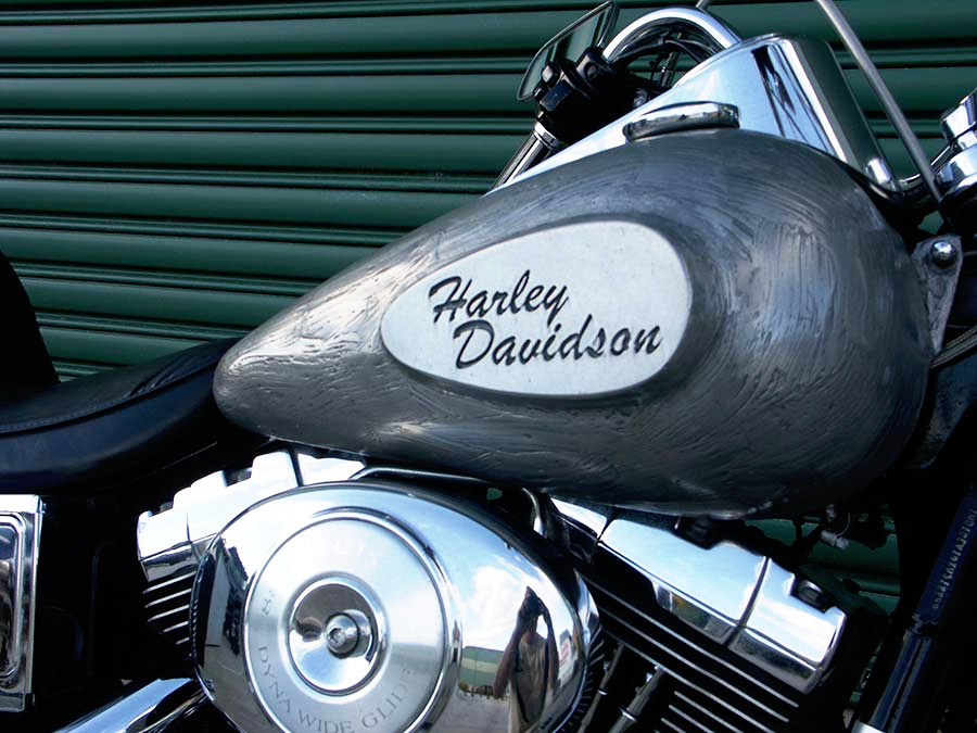 new--design-silver-harley-davidson.jpg