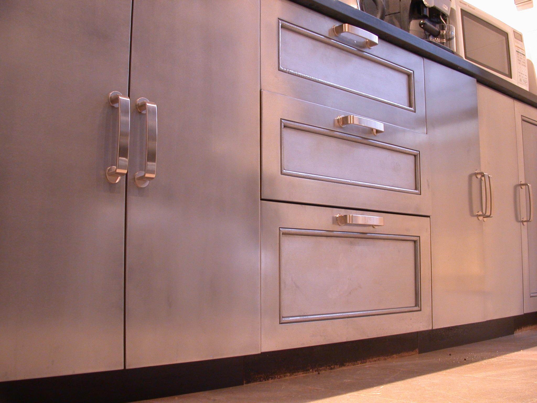liqmet-metal-kitchen