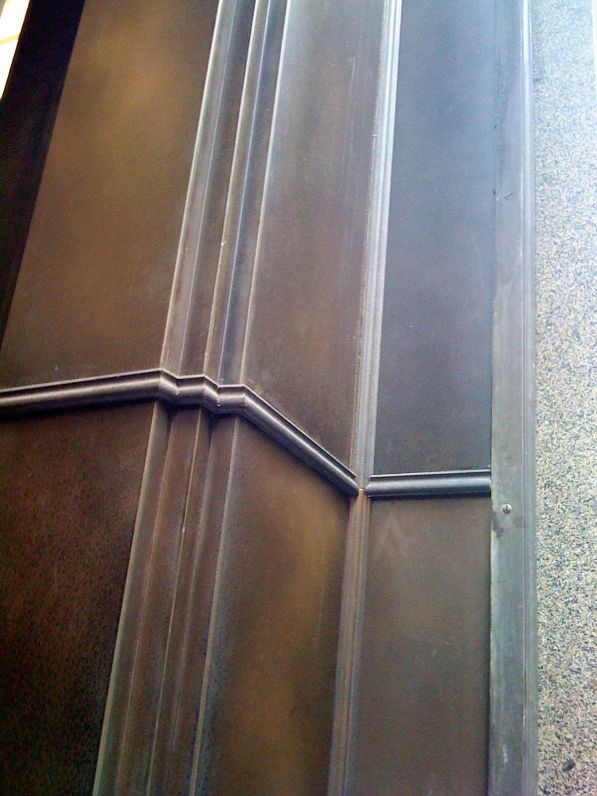 bronze-aged-facade-liqmet