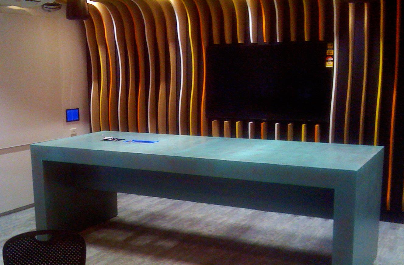 liqmet-copper-modern-desk