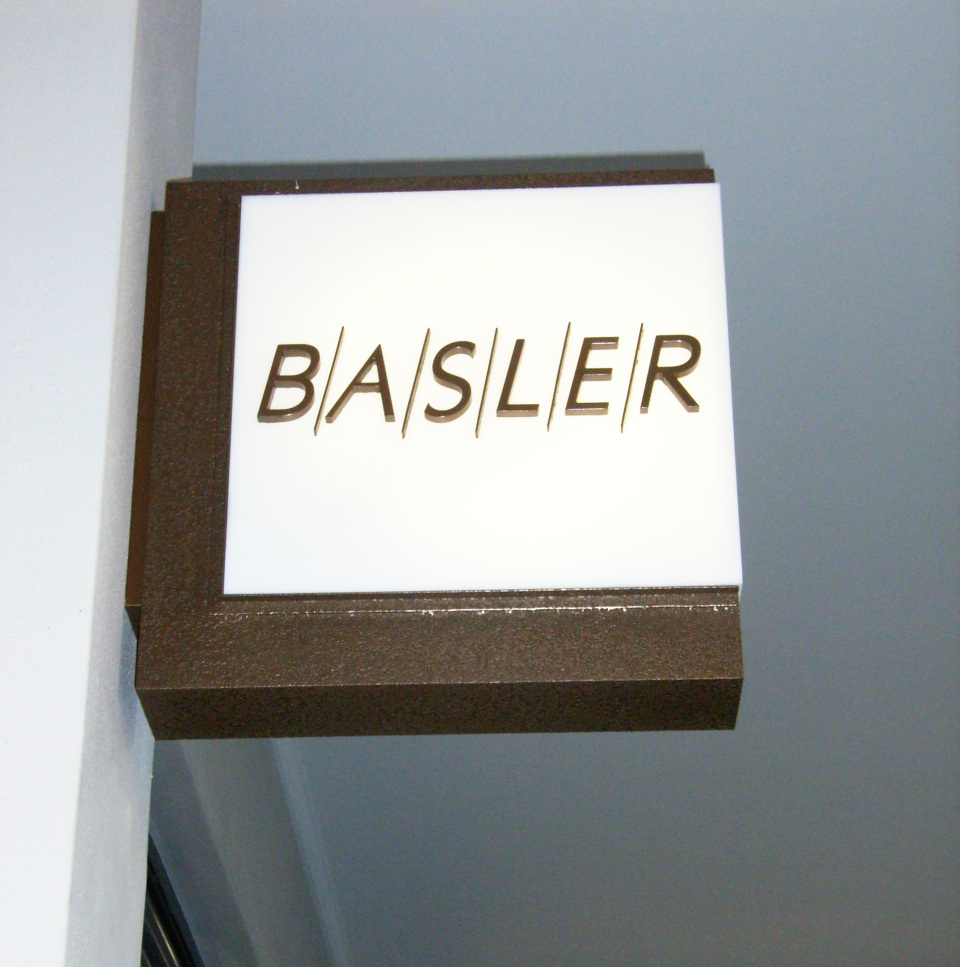 LED-liqmet-sign