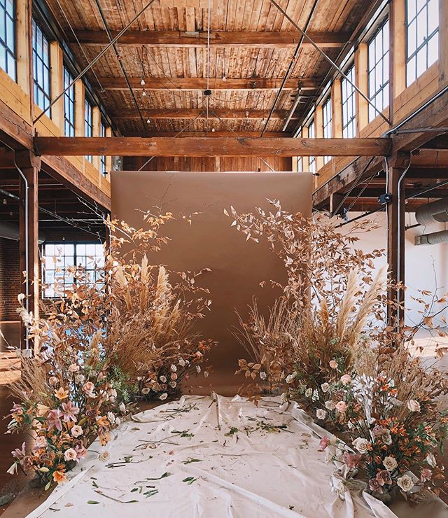 Throwback to all this goodness by @southerlyflowerfarm | we've got a few fun things up our sleeves over the next month or so that we can't wait to share! Stay tuned! . . .  #chattanooga #tennessee #wedding #celebrate #gather #industrial #venue #eventplanner #event #eventdesign #installation #installationart #party