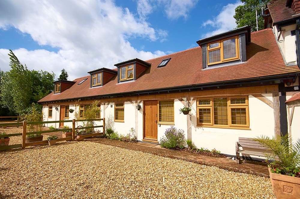 Cottage-2-front.jpg