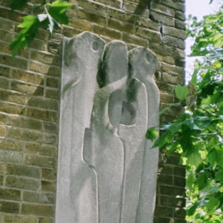 VERTICAL FORMS  by Barbara Hepworth. © in the work owned by the artist. Photo credit University of Hertfordshire.
