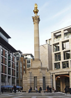 Paternoster Square Column designed by Whitfield Partners, 2003 (photo: © Christine Matthews, Creative Commons licence 2.0)