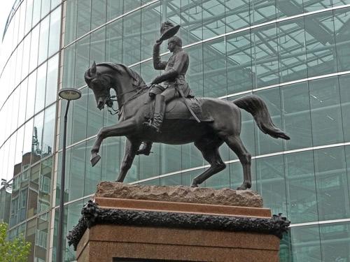 Prince Consort Statue.jpg