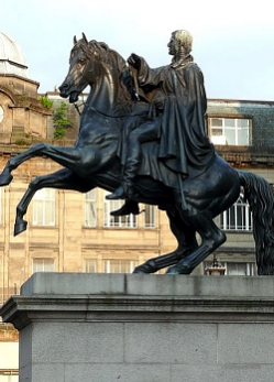 Sir John Steell, The Duke of Wellington, 1852, bronze, Princes Street, Edinburgh (photo: © Ad Meskens, Wikimedia Commons)