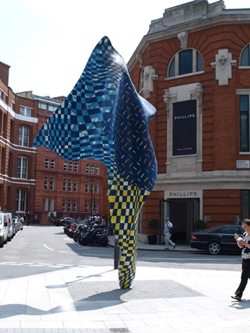 Wind Sculpture , 2014, steel armature with hand-painted fibreglass resin cast 6m. X 3m., junction of Wilcox Place and Howick Place, London SW1, photo courtesy the Public Monuments and Sculpture Association
