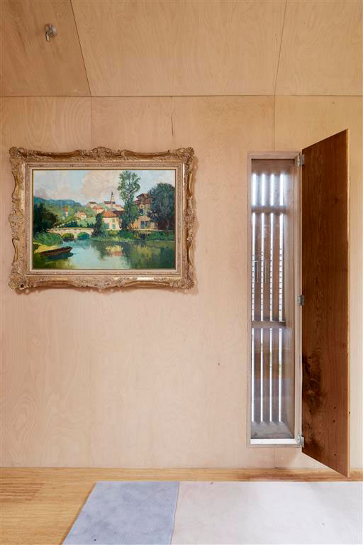 Plywood-walls-and-oil-painting.jpg