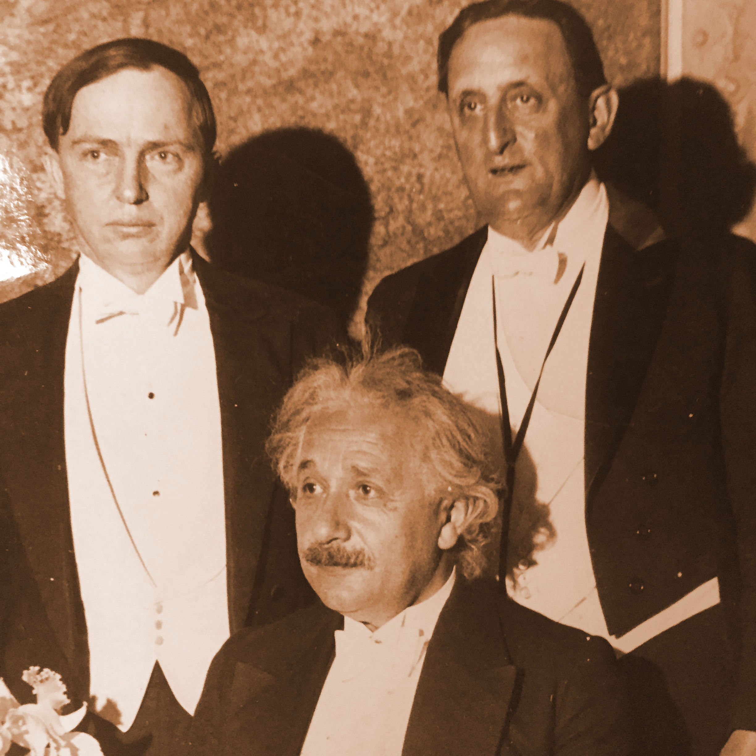 Shapley with Albert Einstein, at a New York dinner for American friends of Hebrew University in Palestine, 1933   Photo source: Huntington Library