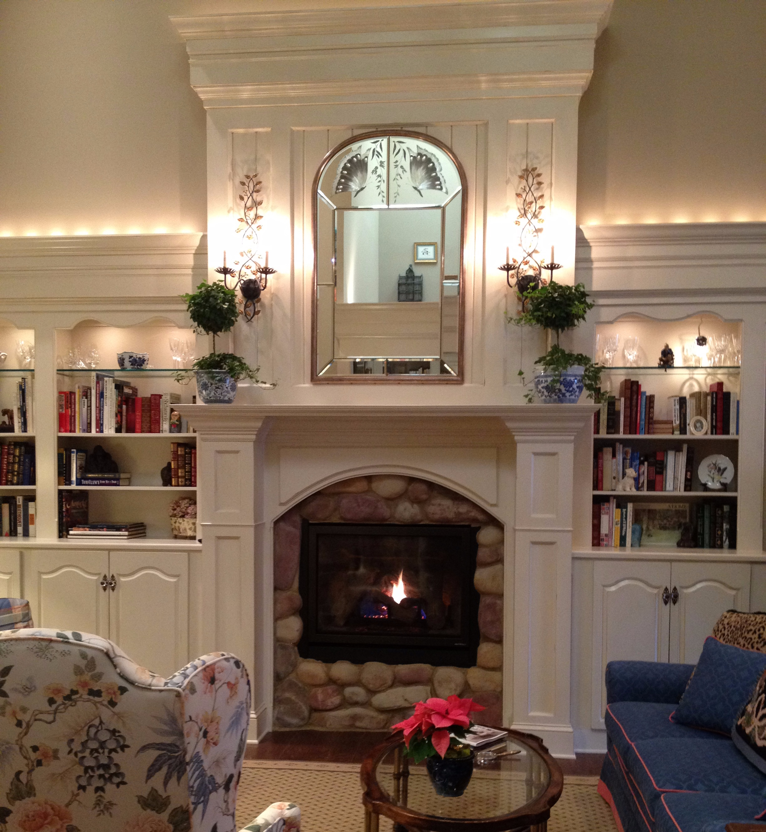 harr+after+greatroom+mantel.jpg