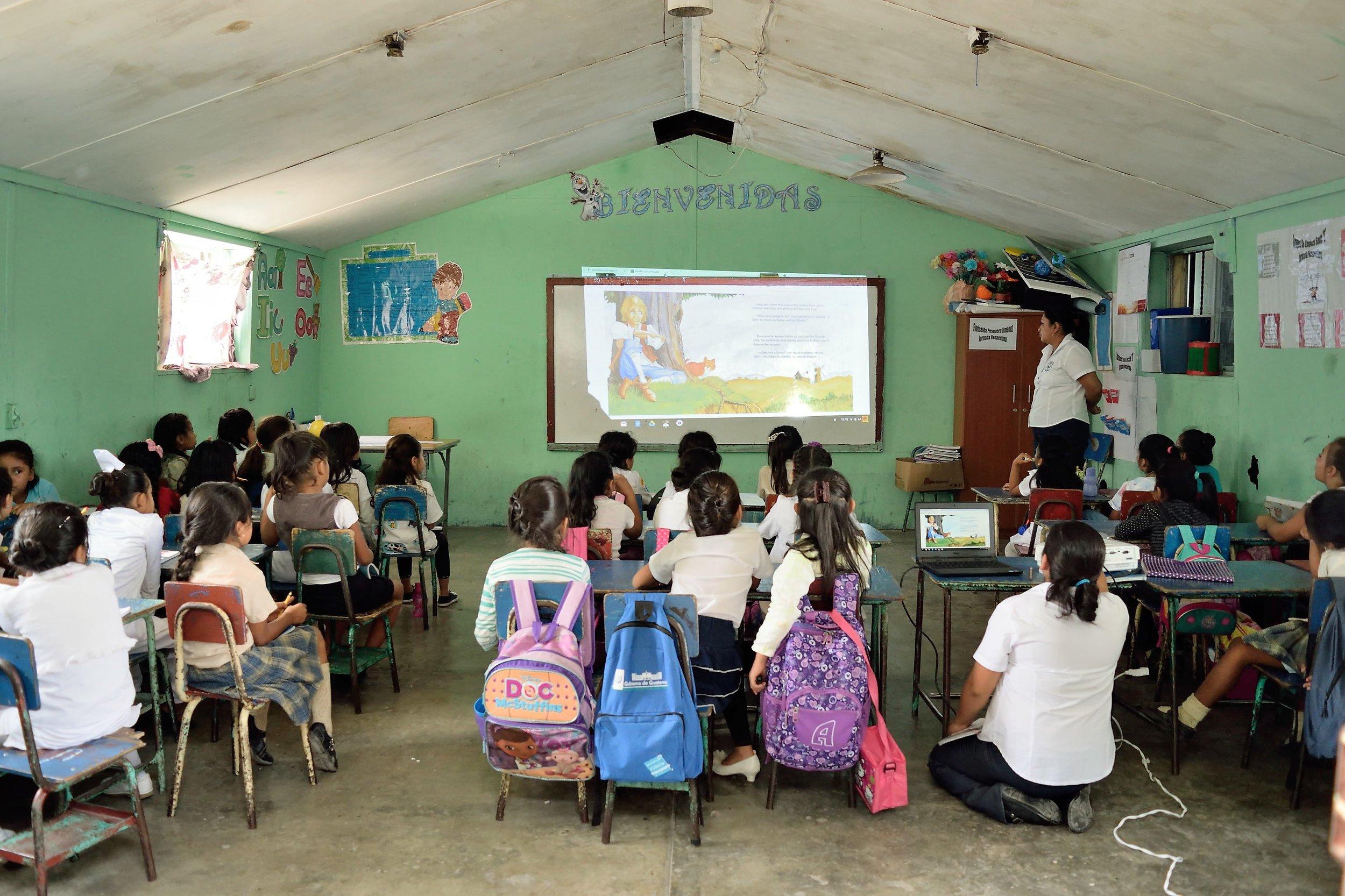 GUATE SCHOOL.jpg