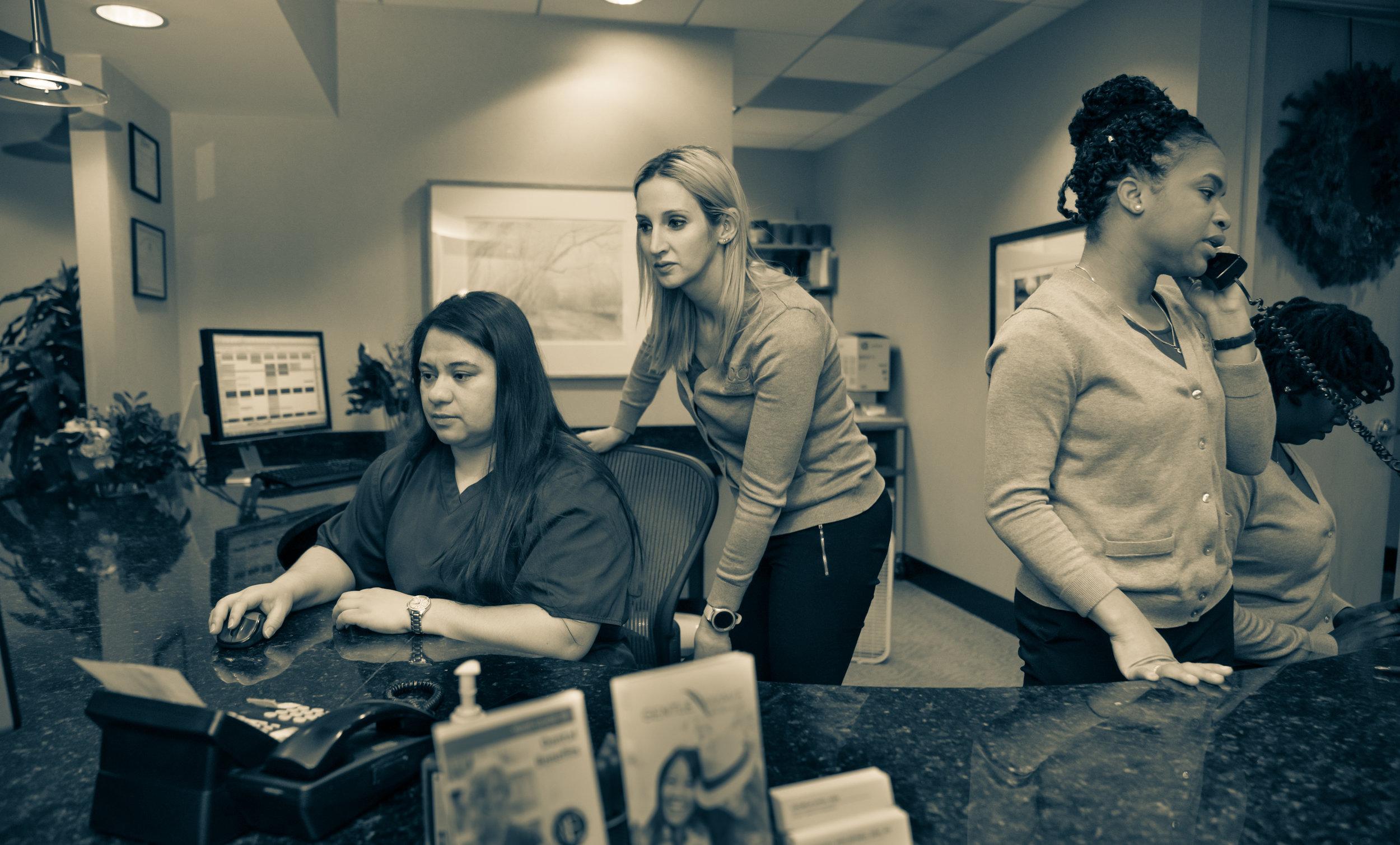Front Desk -1.jpg