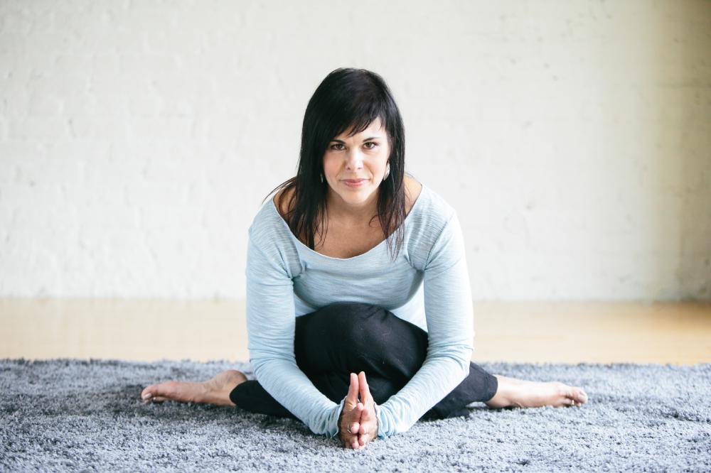 OHH-Ying-Yoga-Michelle-Pietrzak-Wegner-1.png