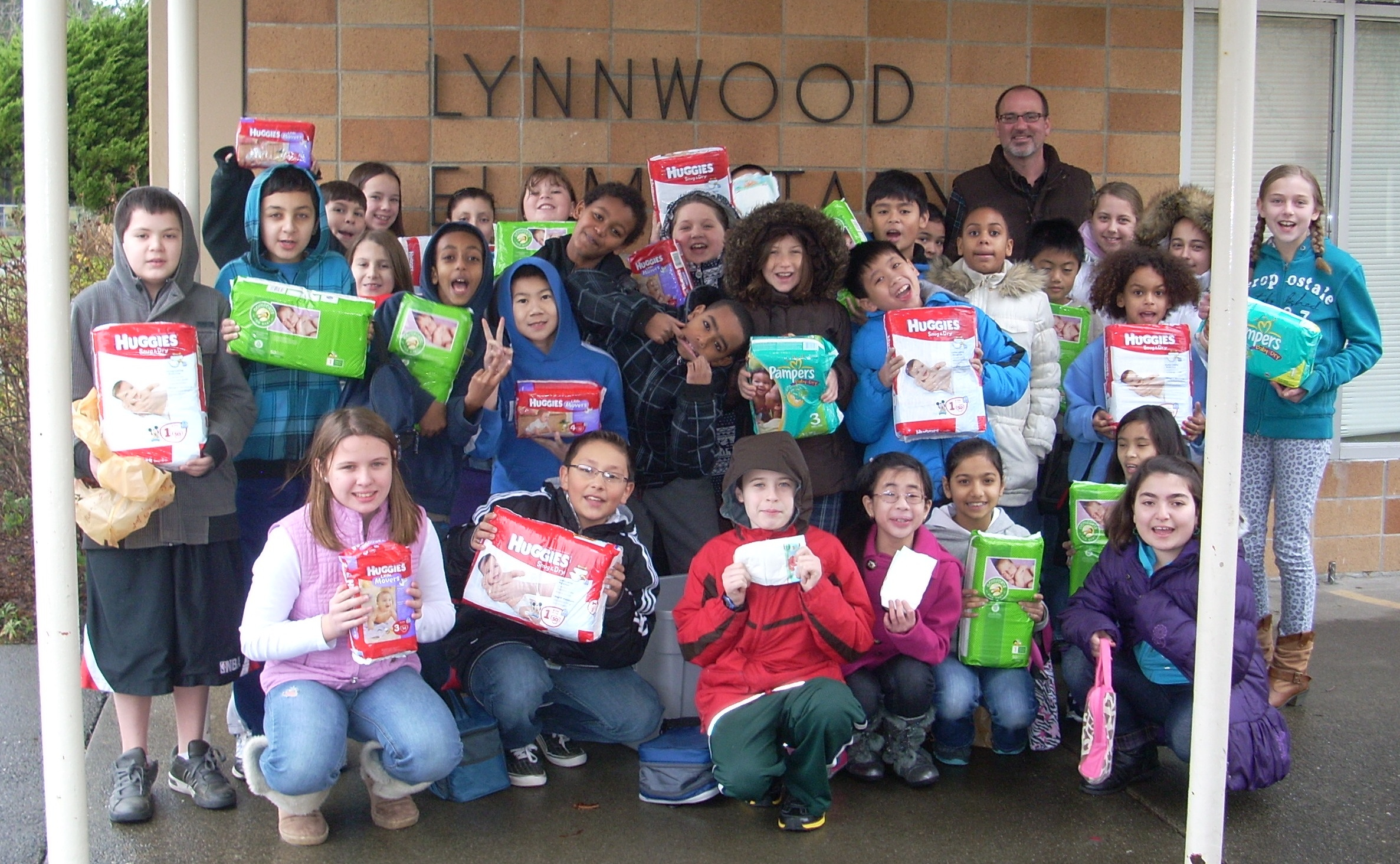 Isabelle and Lynnwood Elementary Class January 2013.jpg