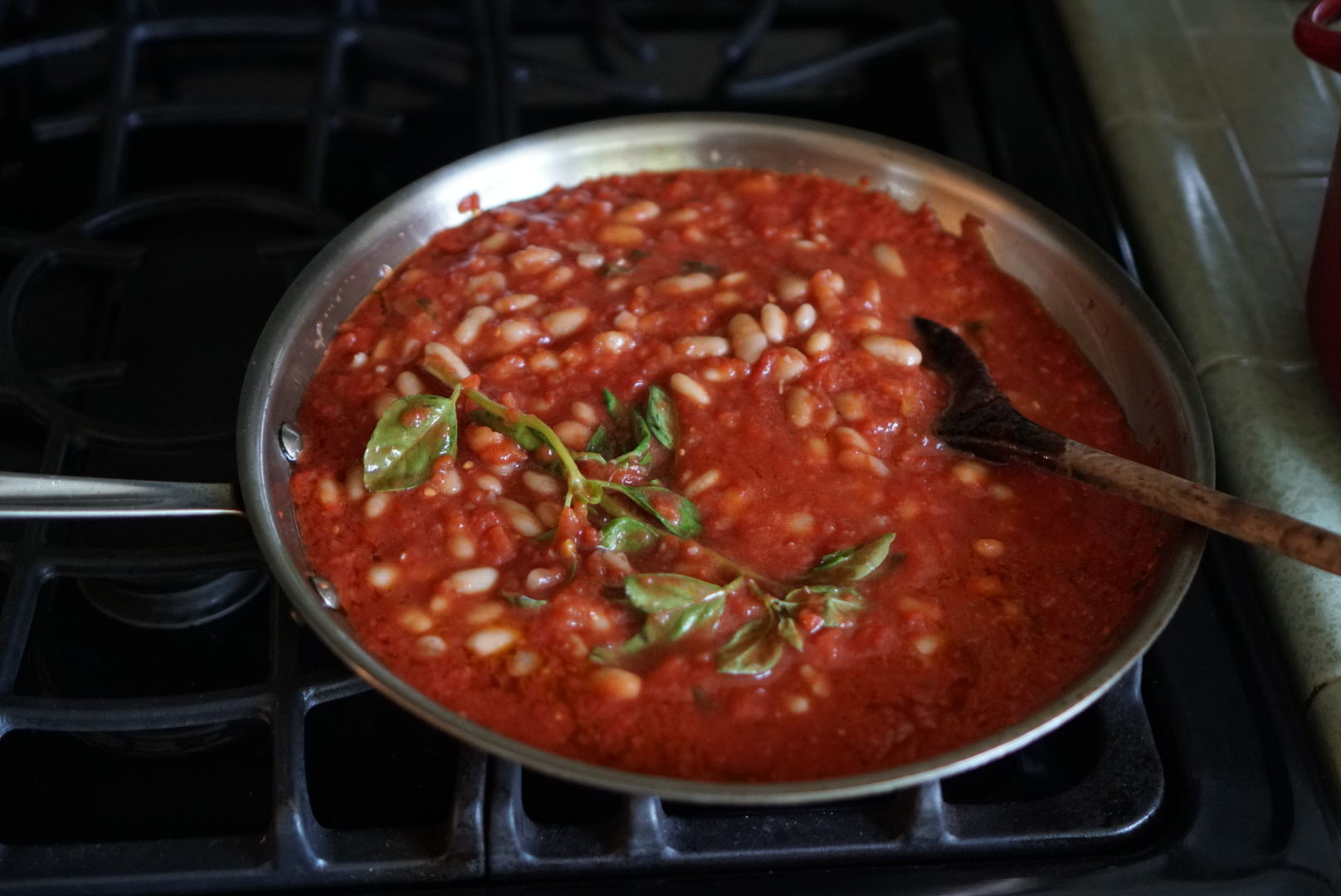beans and tomato sauce