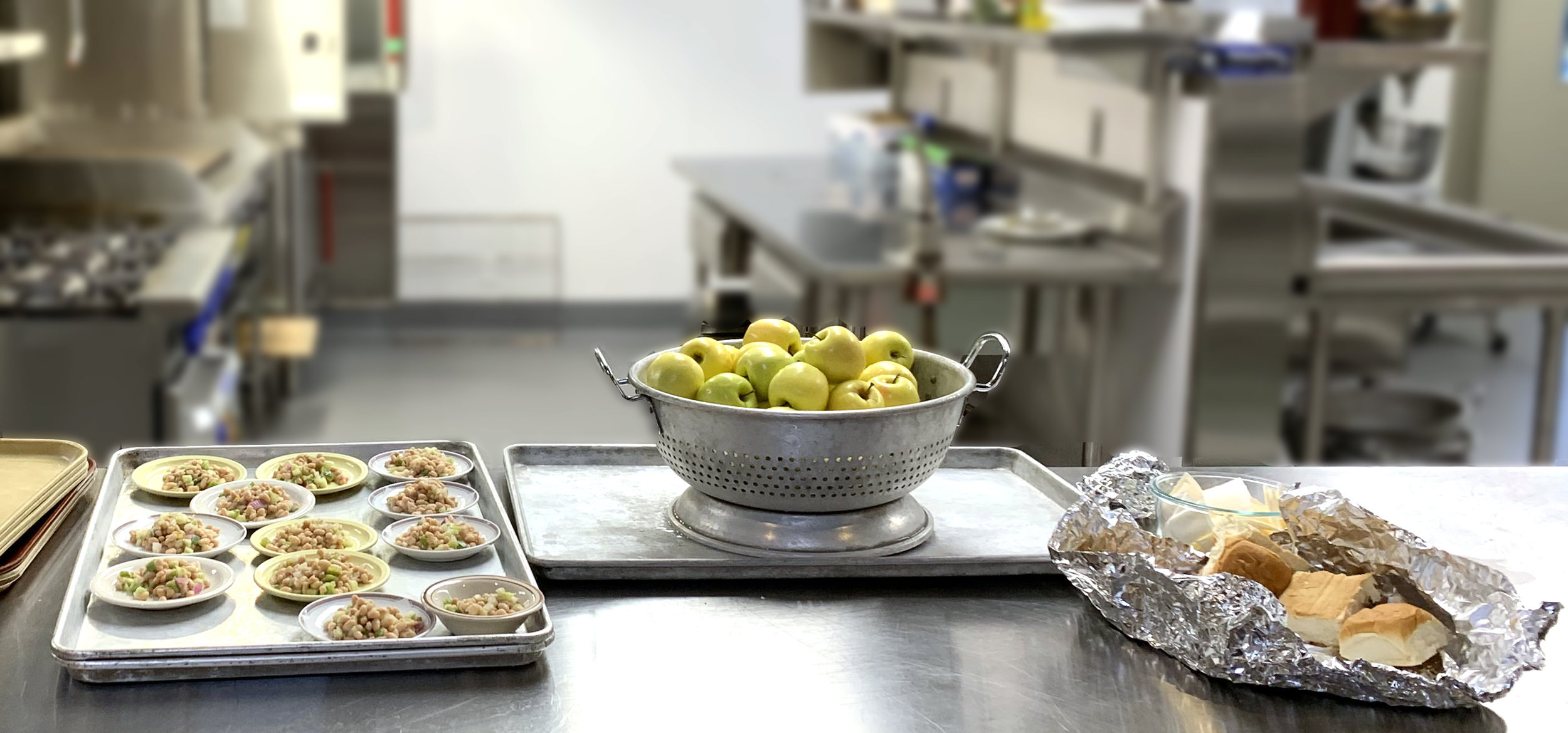 picture of food in the kitchen