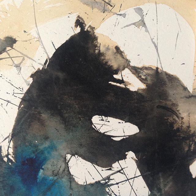 La magie de l'encre qui se lâche lousse et fait apparaître un ours et un putois .