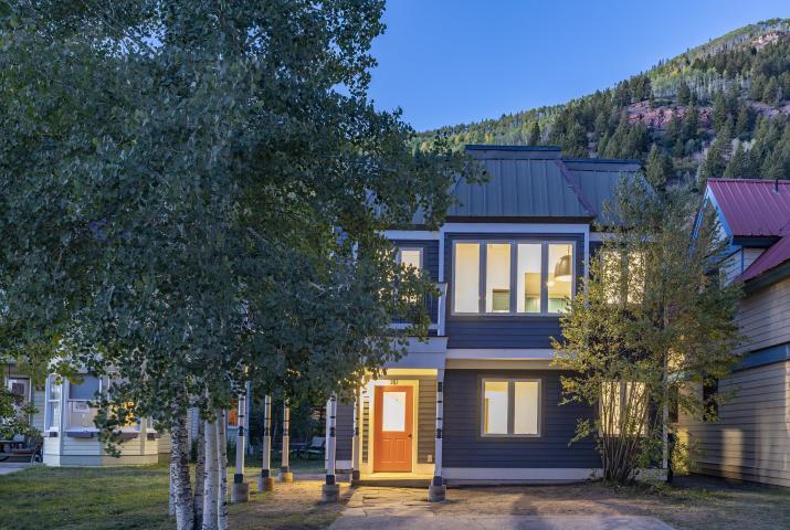 $1,675,000  781 Prospect Avenue, Telluride