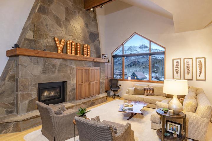$1,670,000  133 Lost Creek Lane 11, Mountain Village