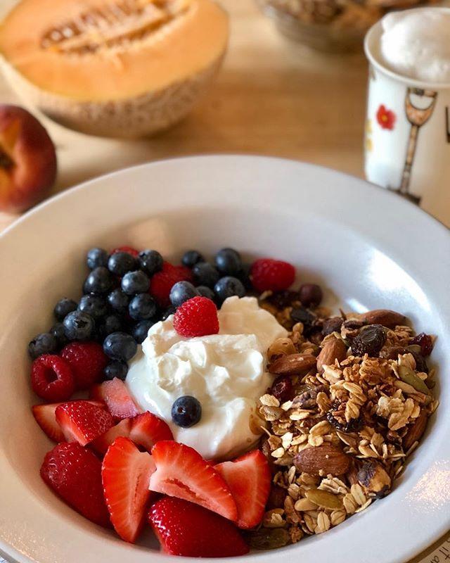 Summer breakfast in California!  #homemade-granola #california berries #goodtobehome #lovesaturdaymorning