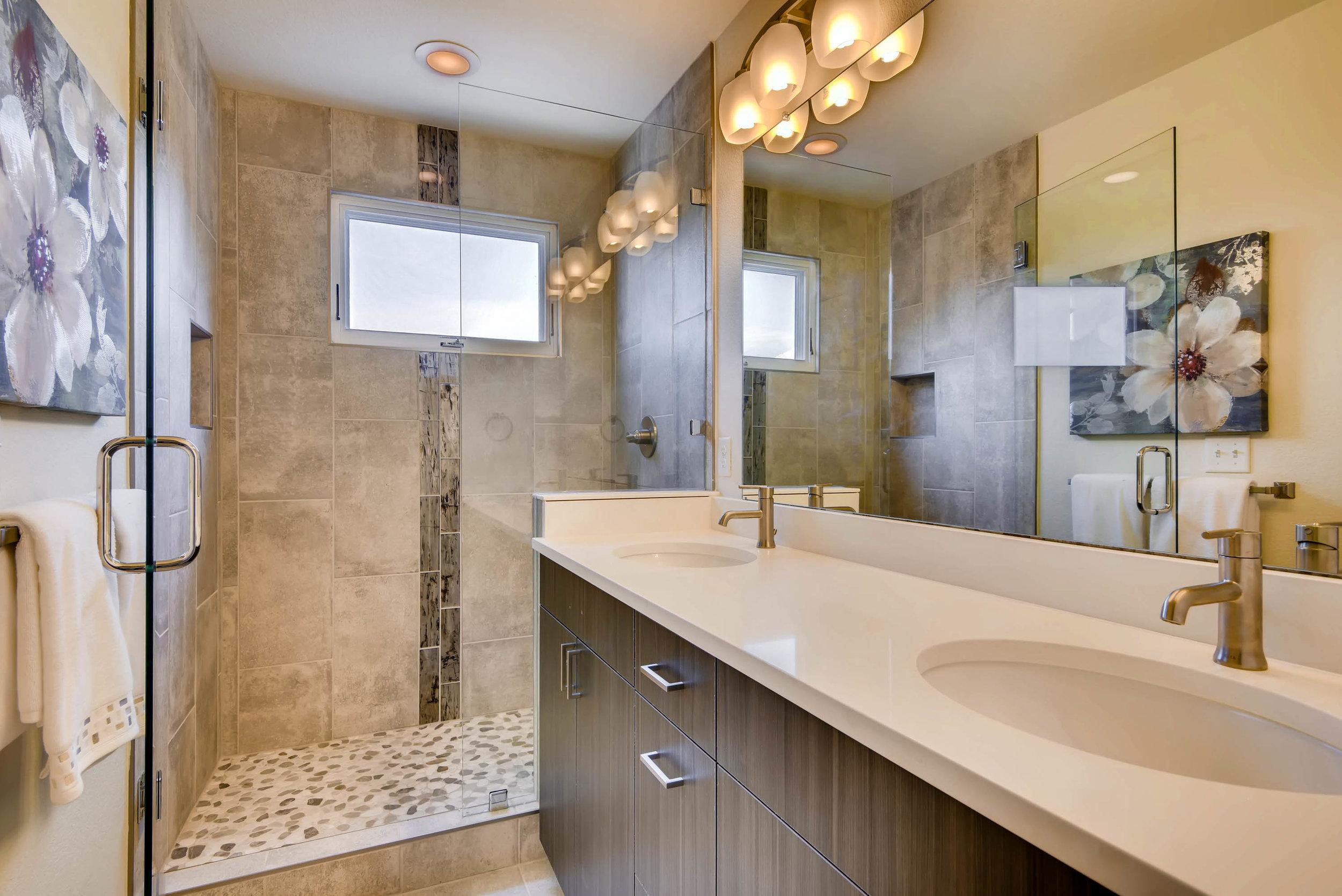2014 S Downing Street Denver-print-016-12-2nd Floor Master Bathroom-3000x2003-300dpi.jpg