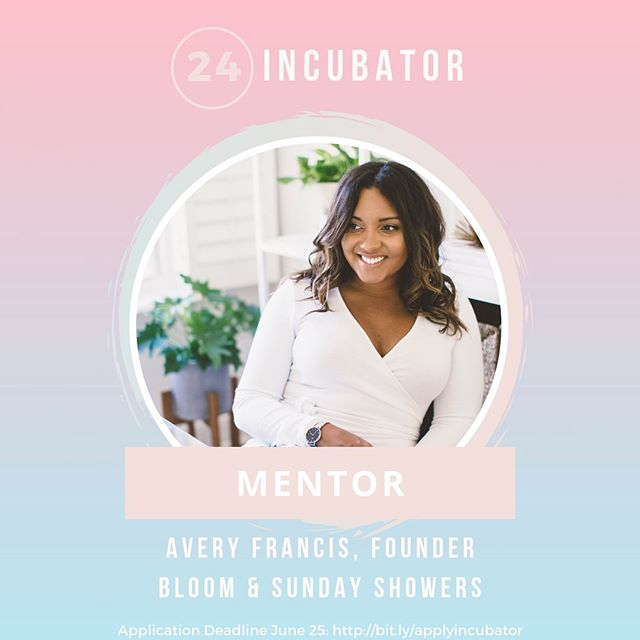 Introducing one of the mentors: Avery Francis, Founder of Bloom and Sunday Showers✨  Award winning HR expert with over 10 years of experience, @averyfrancis is also the founder of the Bridge Program as well as Sunday Showers, a workshop series that promotes the advancement of women in business.  Formerly the Head of Talent at League and Director of Talent at Rangle.io, Avery leads the top strategic talent consultancy Bloom where she helps people and startups grow.  If you had Avery as a mentor, what sort of questions would you ask her? Comment down below⬇️