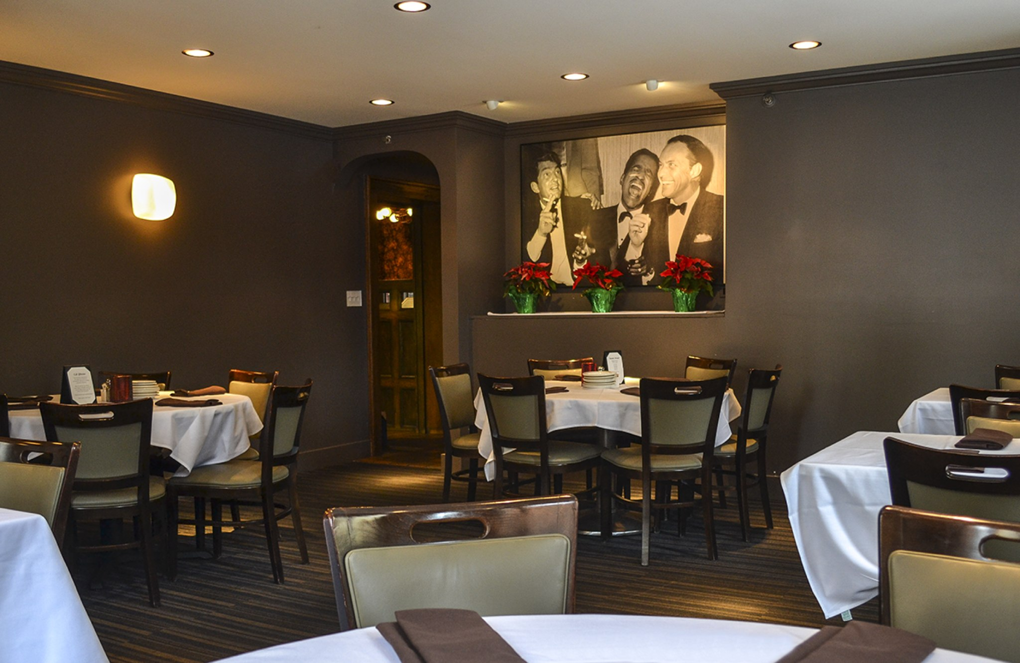 Welcome To The Monte Carlo Restaurant In Minneapolis