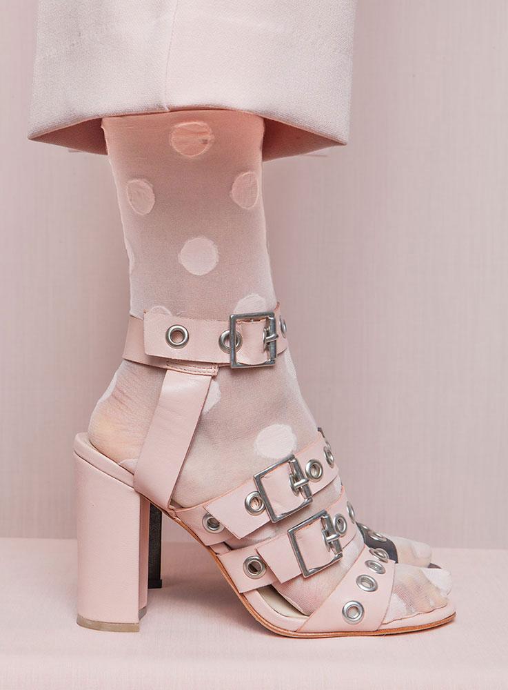 Nalini-Arora-pink-sandal-design.jpg