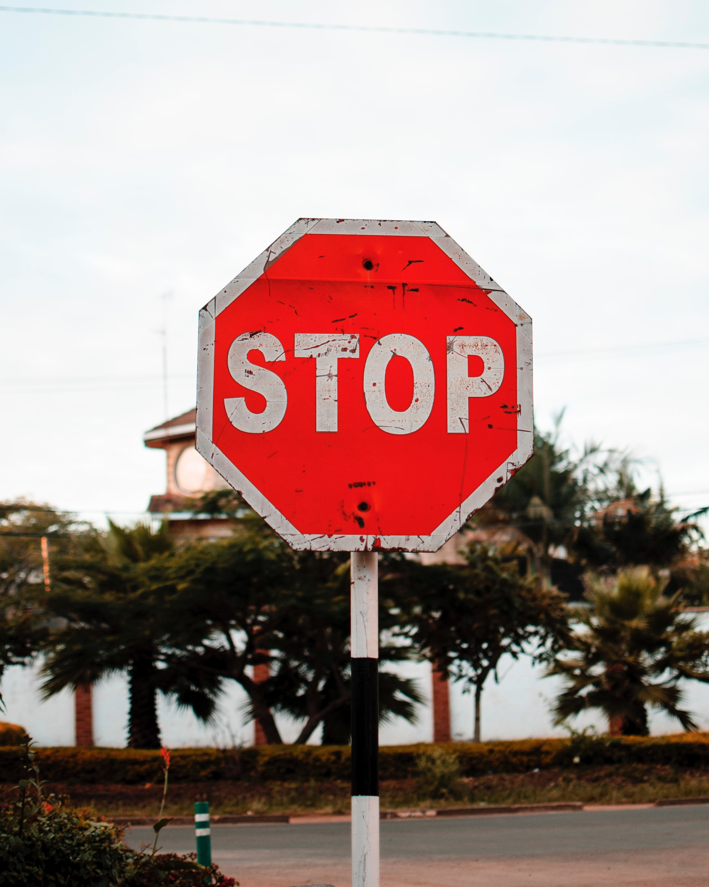 guidance-halt-roadsign-1806900.jpg