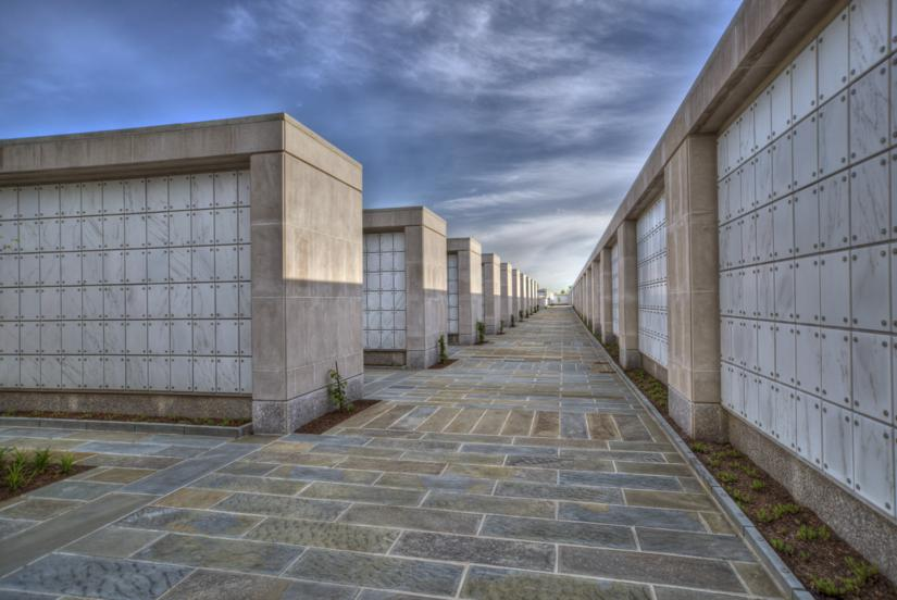 outer-walkway3_825x552.jpg