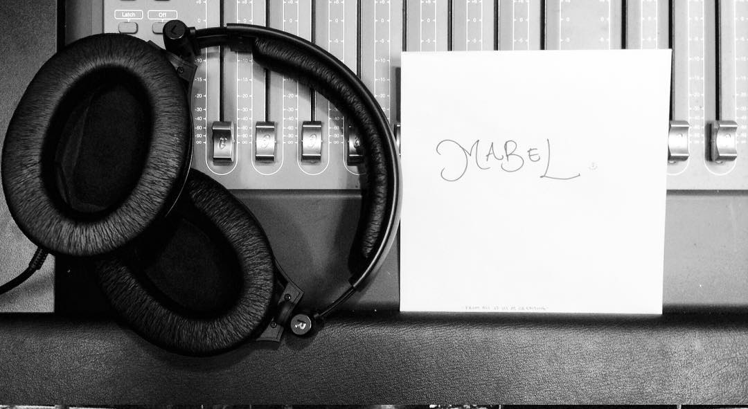 headphonesmabel.png