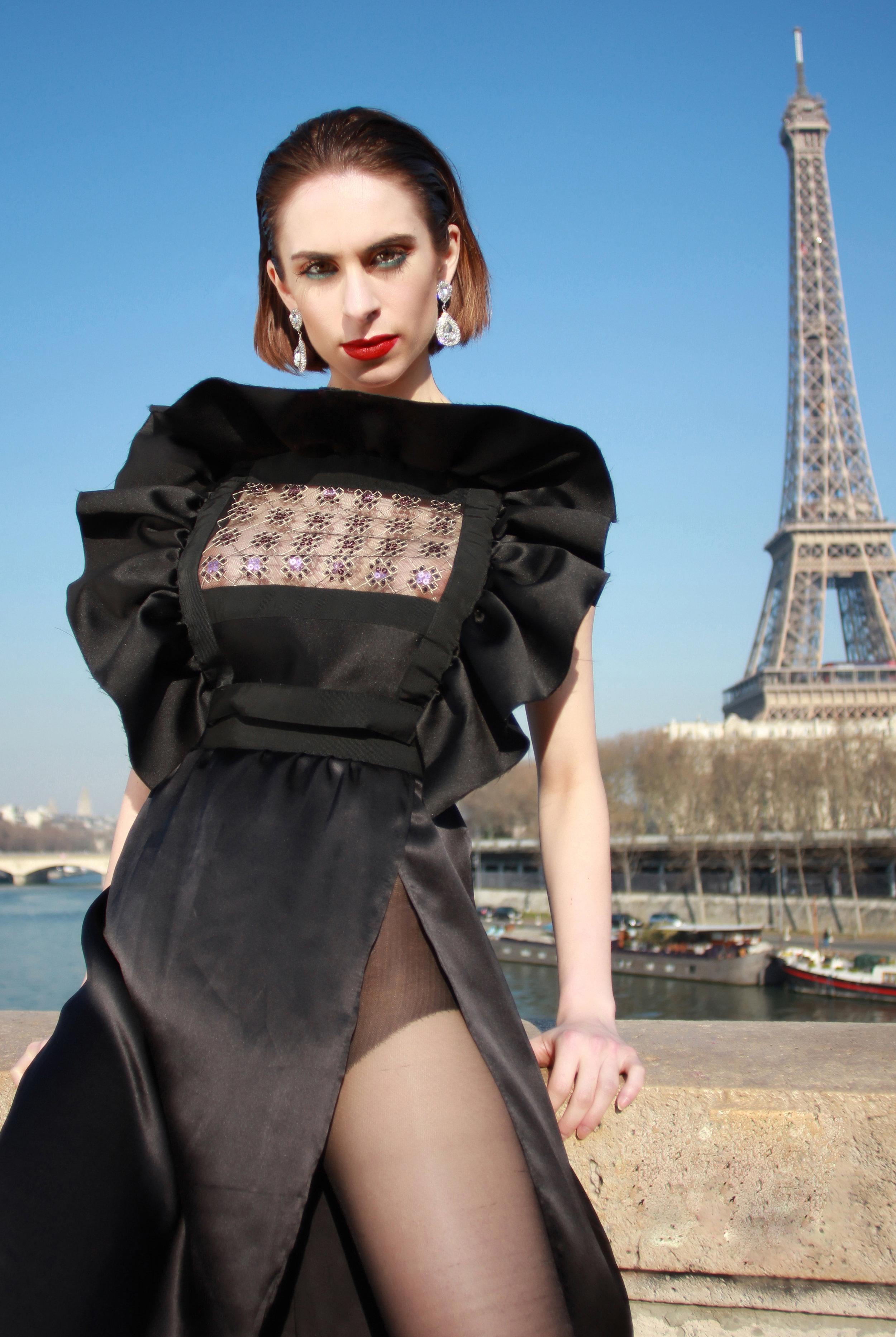 Dress : « The Niké » , Moira Cristescu  Earrings: Swarovski