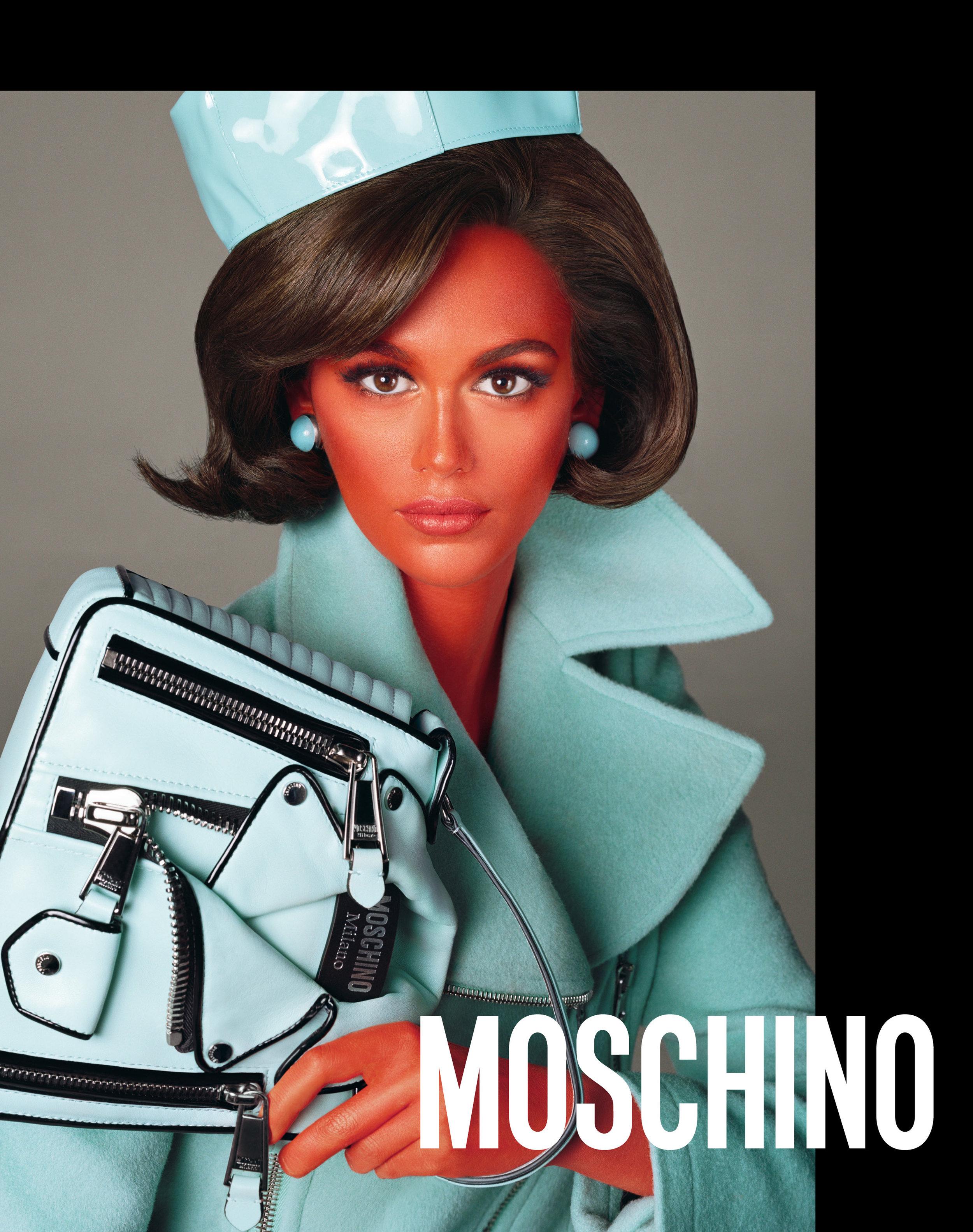 Moschino_2_20_moschino_fw_18_19_adv_campaign_images_-_kaia_gerber.jpg