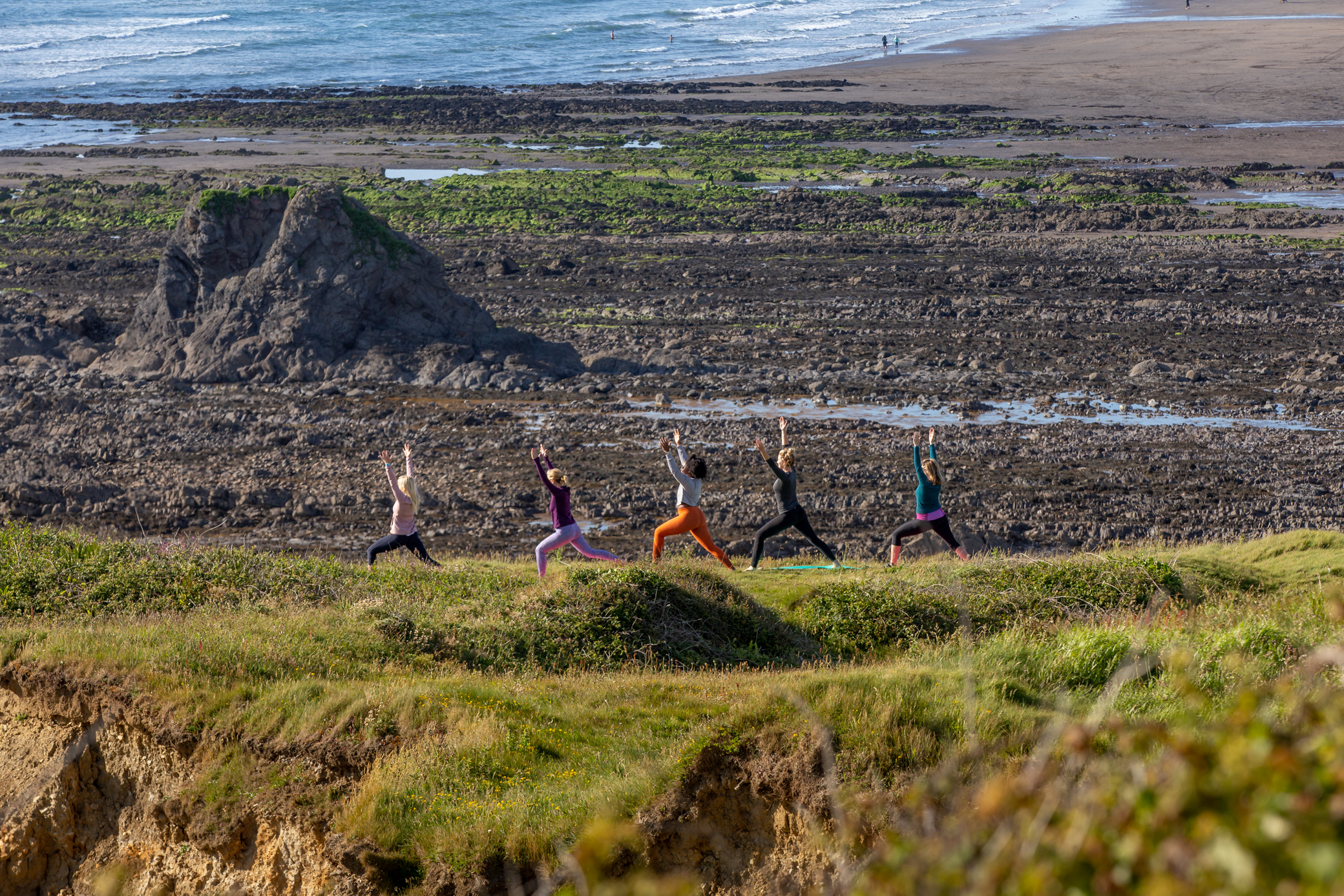 cliff top yoga bude