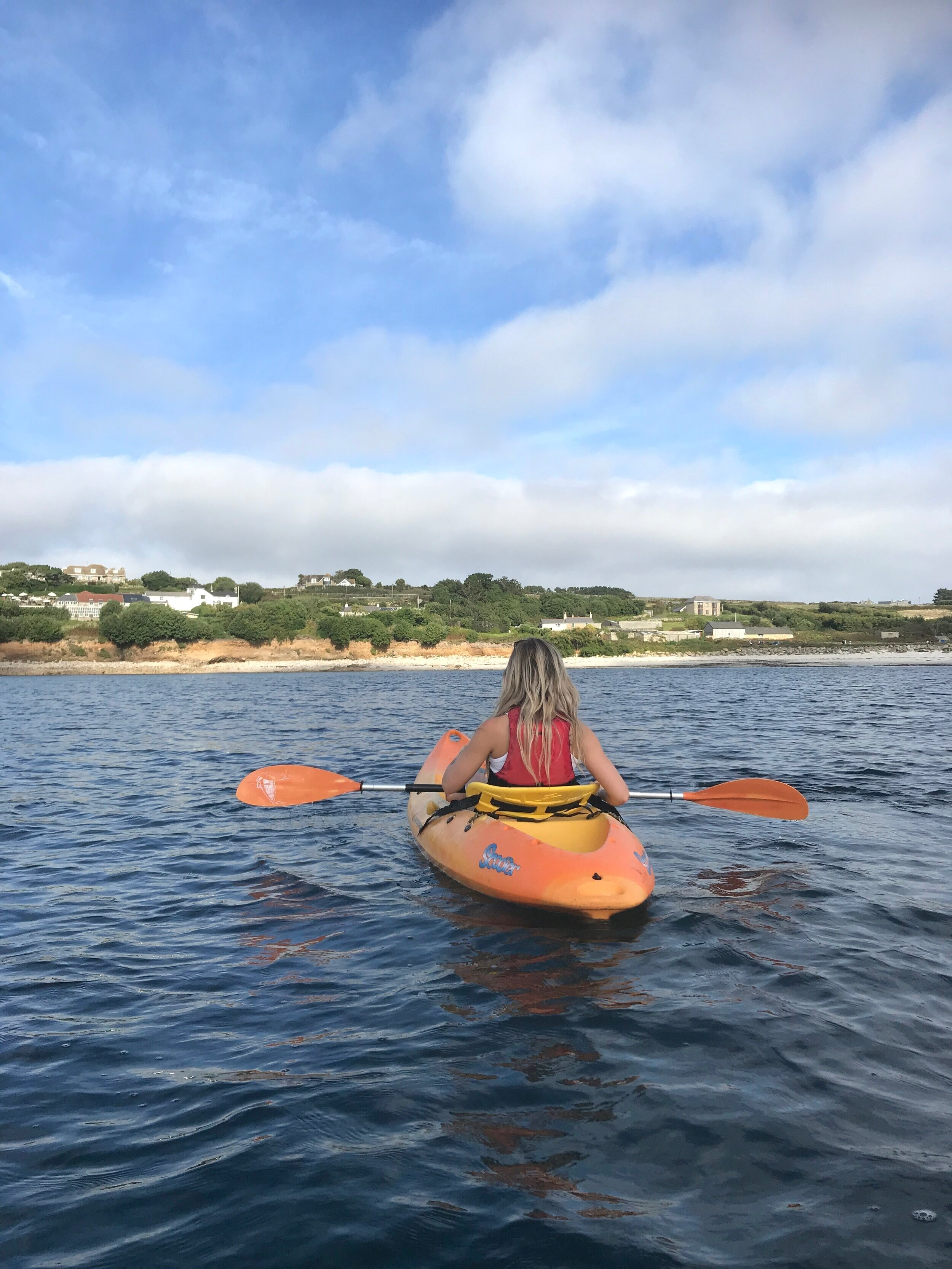 Kayaking+on+the+isles+of+scilly