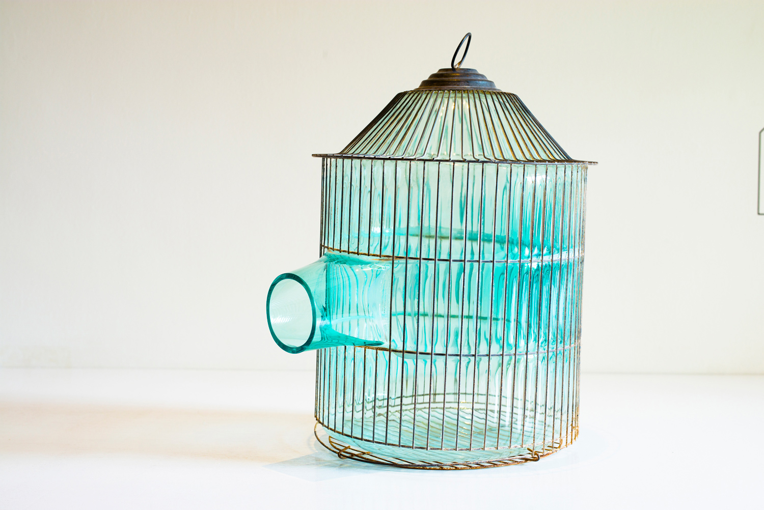 web222-turqoise-glass-cage-gala-fernandez-nouvel-studio-mexico-out-of-cage-marion-friedmann-gallery-felix-friedmannPhotography.jpg