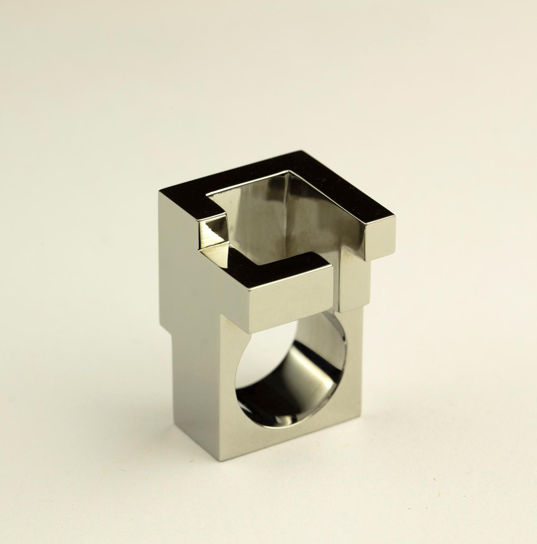 web222-Jorge-Yazpik-Steel-ring3-MarionFriedmannGallery-MexicoDesignTime.jpg