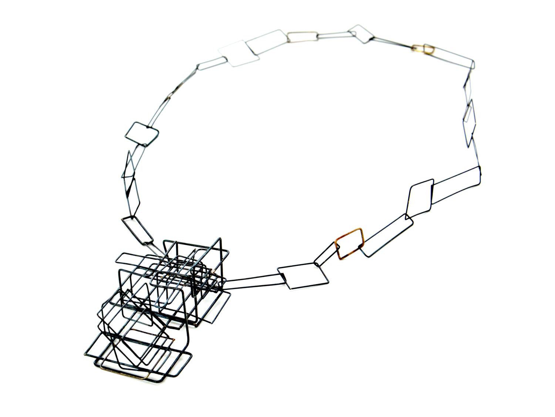 web222-Martacarmela-Sotelo-Scaffolding-line-gold-silver-MarionFriedmannGallery-Andamiaje III-9.jpg