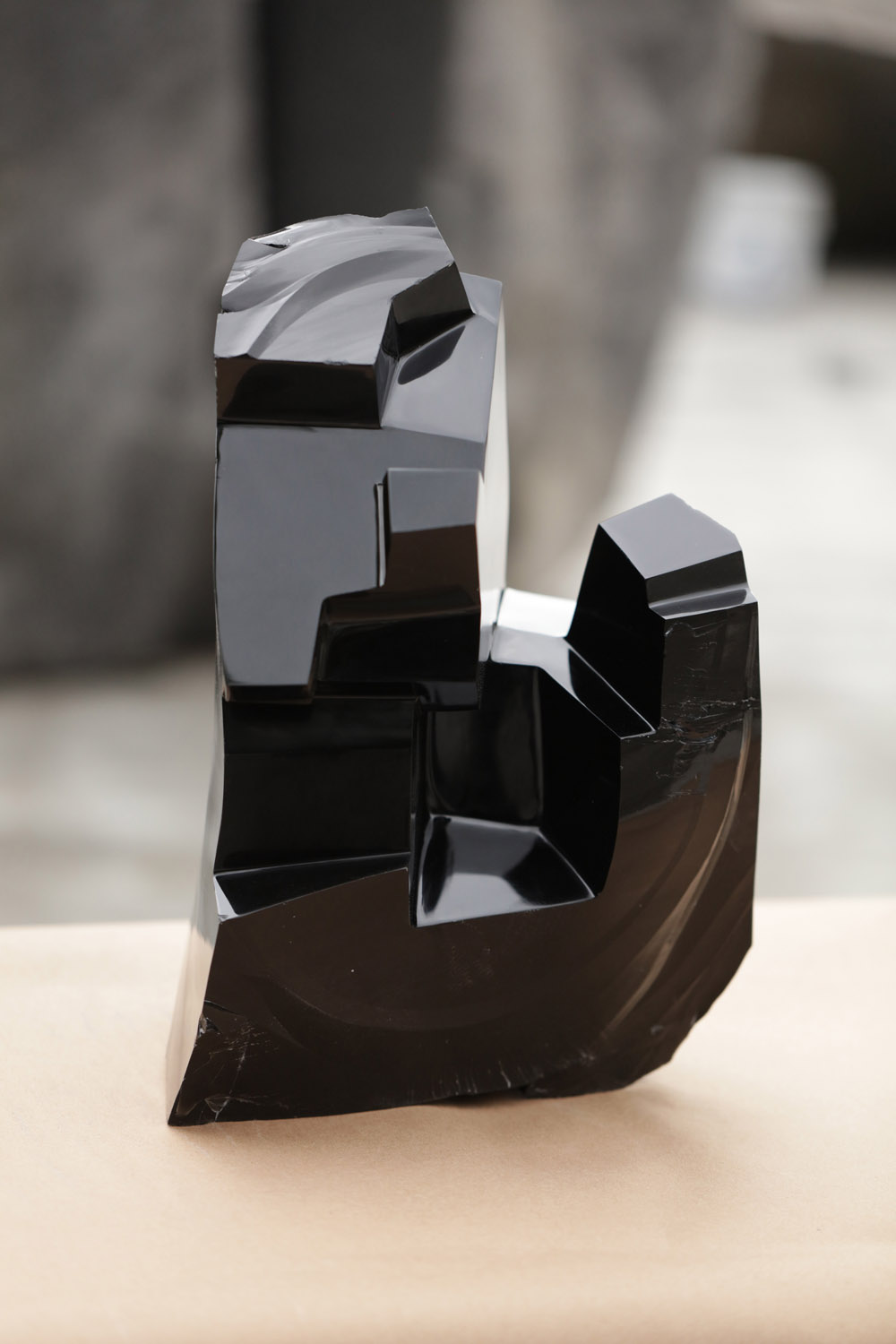 web222-sculpture-Jorge-Yazpik-Obsidian-black-direct-carving-marion-friedmann-gallery.jpg