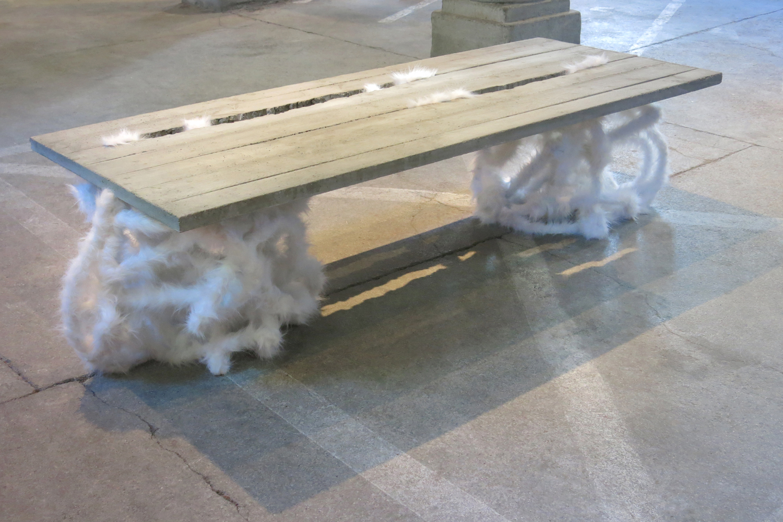 web222-marion-friedmann-gallery-noemi-kiss-concrete-plush-crack-coffee-table-Hipphalle-photo-MarionFriedmann.jpg