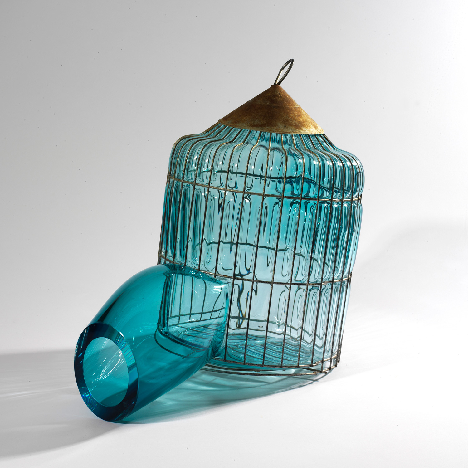 GALA FERNÁNDEZ - TURQUOISE CAGE