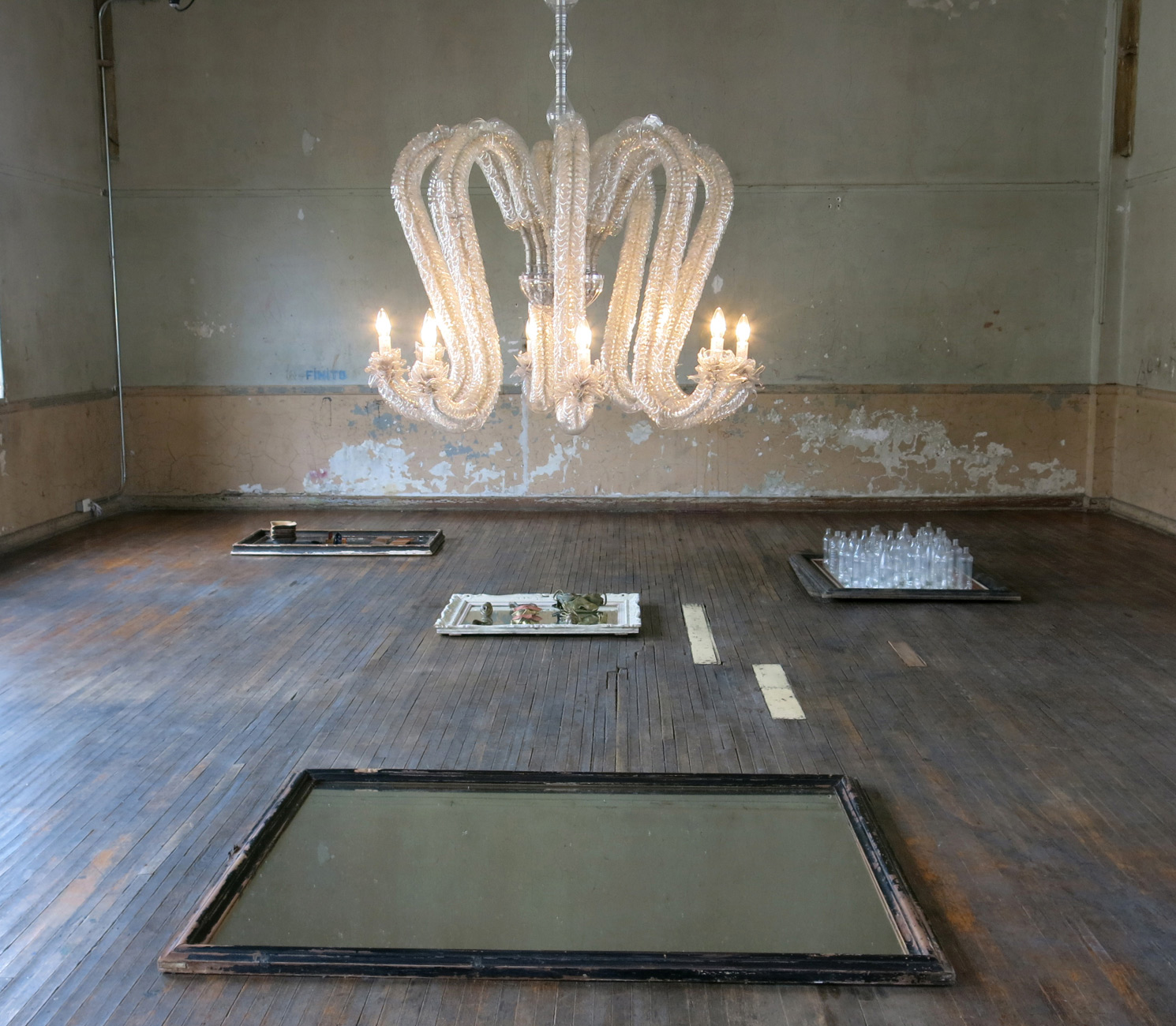 Octo-chandelier-Thierry-Jeannot-Marion-Friedmann-Gallery