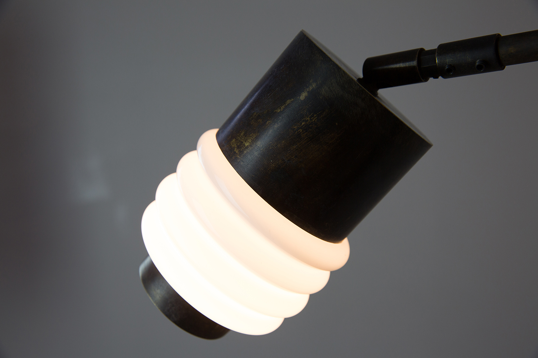 web222-Pendant-Model-04-lit-shade2-detail.jpg