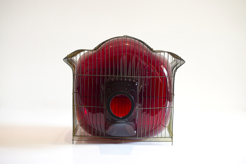 web222-red_pagoda-L1001866-glass-cage-gala-fernandez-nouvel-studio-marion-friedmann-gallery.jpg