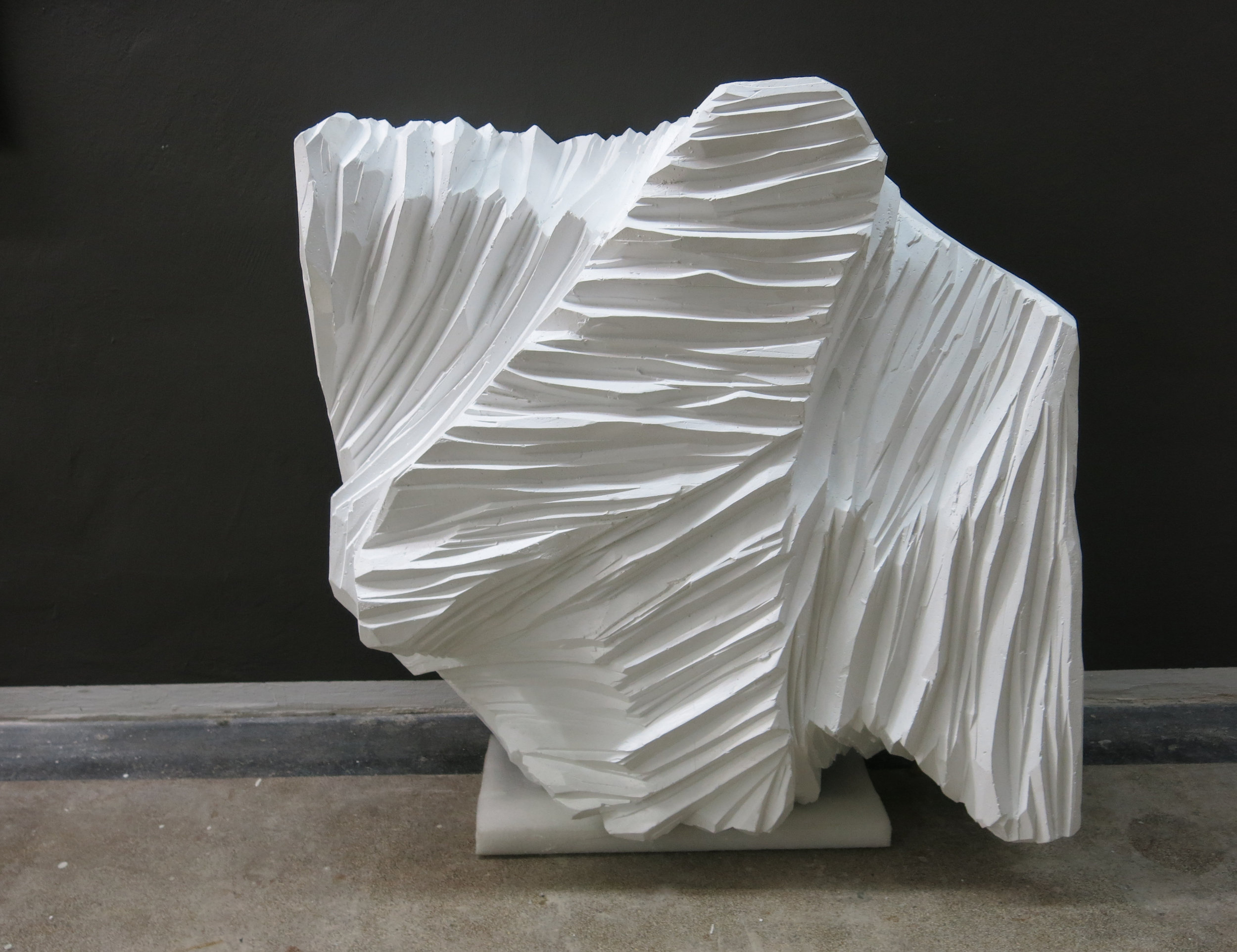 web222-sculpture-white-giselastiegler-in-art-studio-marion-friedmann-gallery.jpg