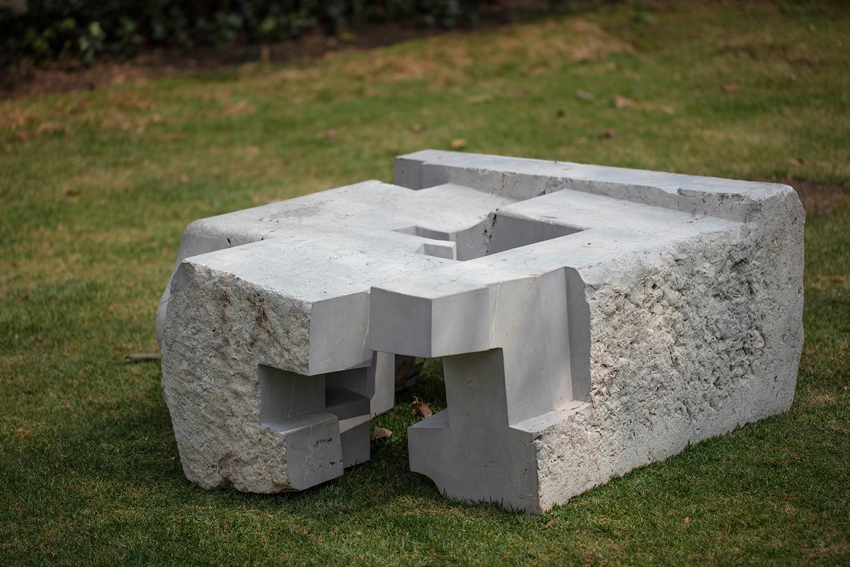 JORGE YÁZPIK - S/T marble seat 1