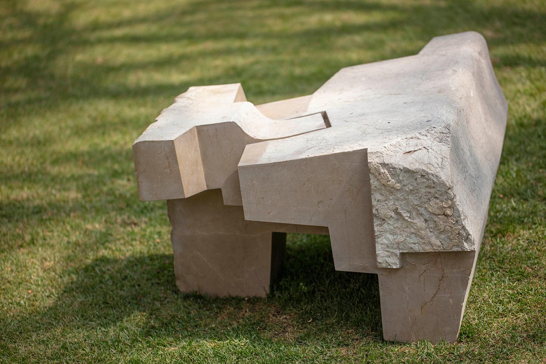 JORGE YÁZPIK - S/T marble seat IV