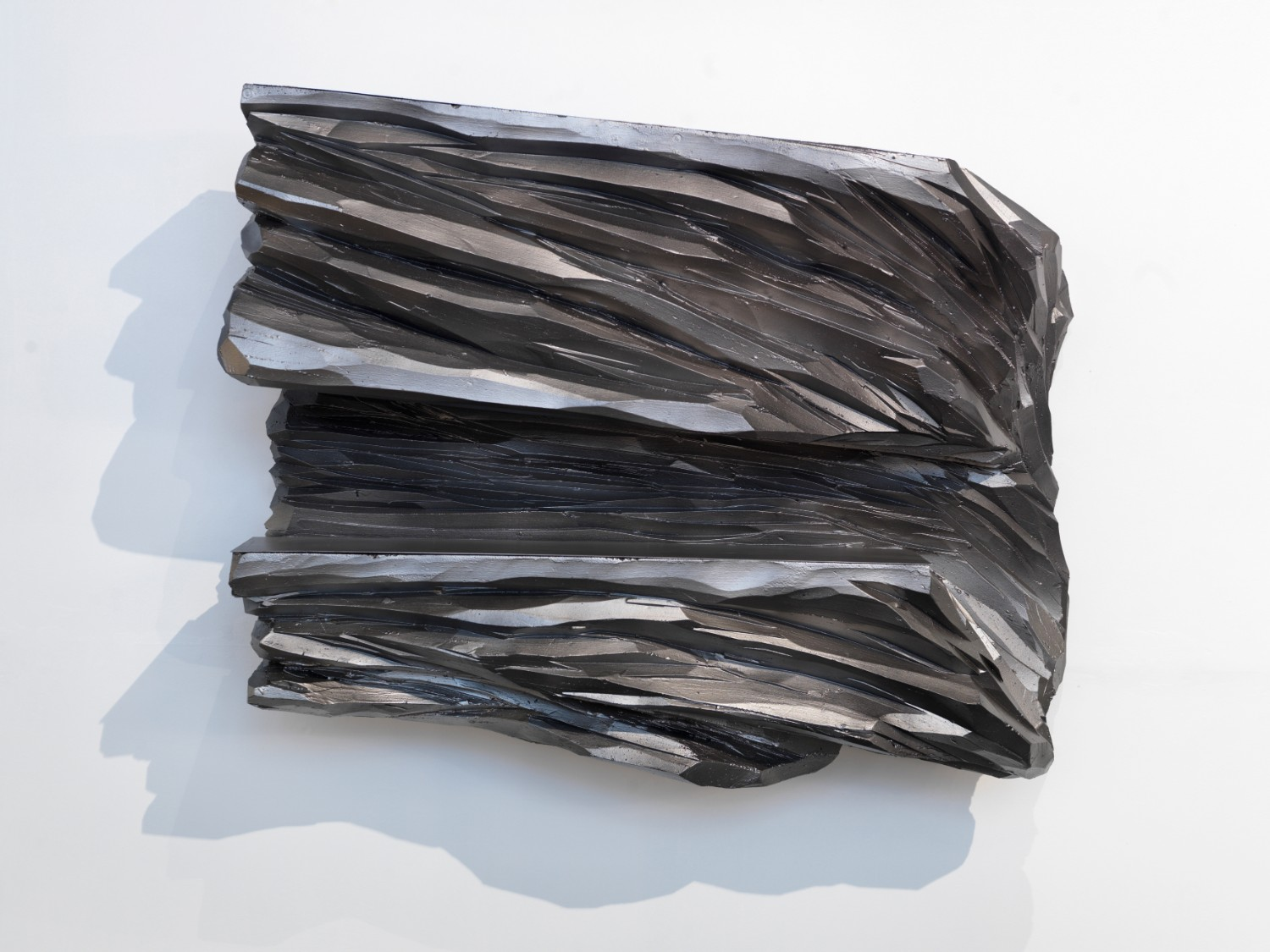 Gisela_Stiegler_Console_Stainless_Steel_frontal_MarionFriedmannGallery.jpg