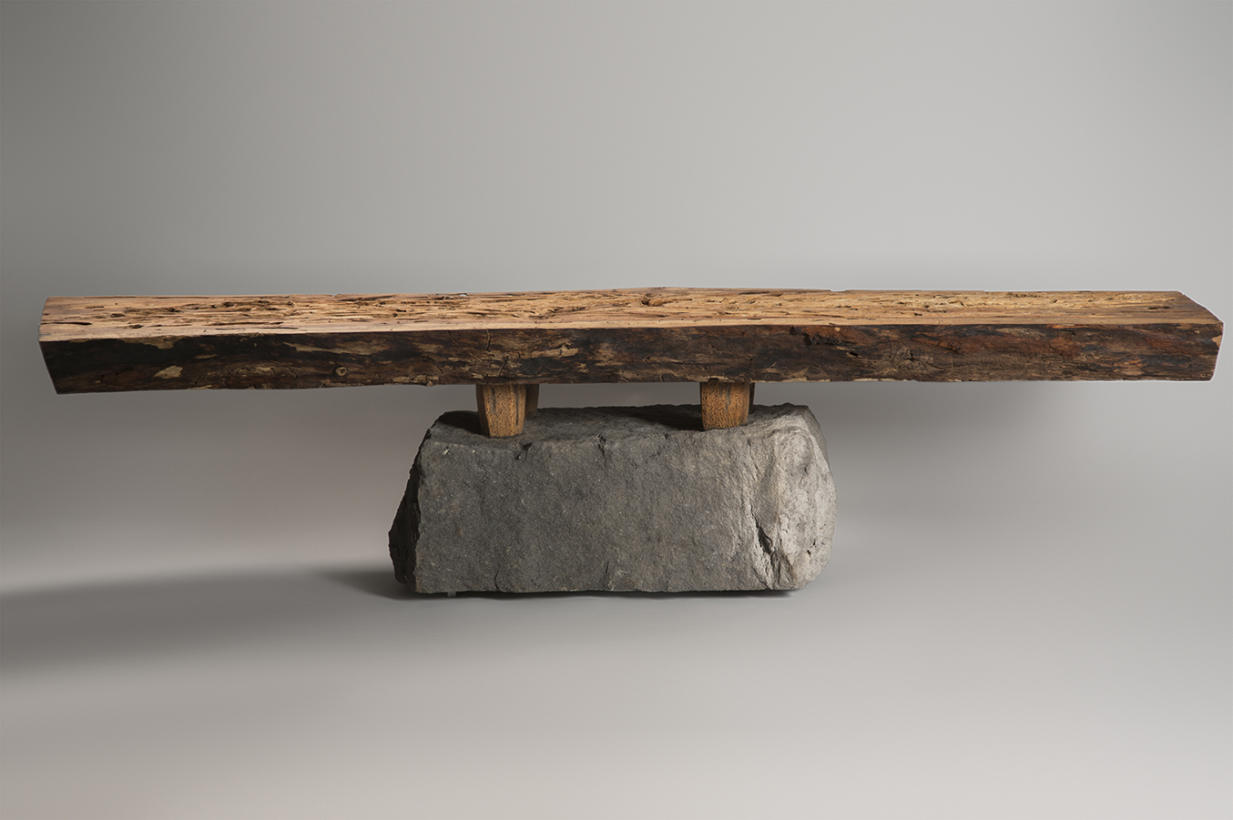 web2-bench-salvaged-mexican-alder-wood-basalt-recinto-with-feet-shi-ho-julio-martinez-marion-friedmann-gallery-22.jpg